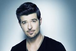 "Robin Thicke Gets First #1 Debut Ever With ""Blurred Lines"""