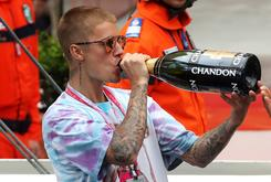 Justin Bieber Deletes Instagram Account Amidst Trolling From Fans