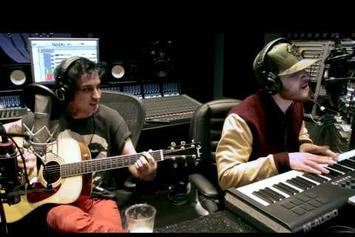 """Mike Posner Feat. Blackbear """"Stay Schemin (Acoustic Cover)"""" Video"""