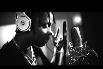 "Travi$ Scott Creates New Track ""Never Catch Me"" In The Studio"