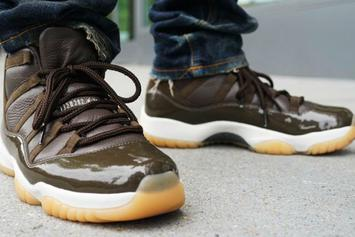 """Anthony Hamilton Shows Off His 1-Of-1 """"Chocolate"""" Air Jordan 11"""