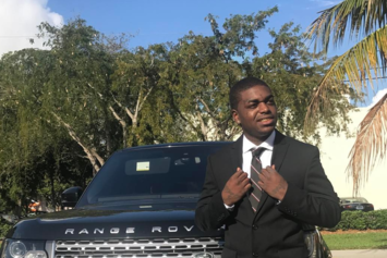 Another Strip Club Worker Gives Surprise Testimony In Kodak Black's Battery Hearing