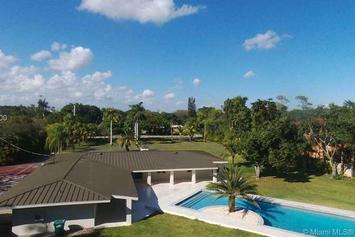 O.J. Simpson's Former Miami Home Goes Up For Sale For $1.3M