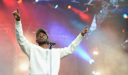 Kendrick Lamar Dethrones Drake, Scoring 2017's Biggest Sales Week Yet