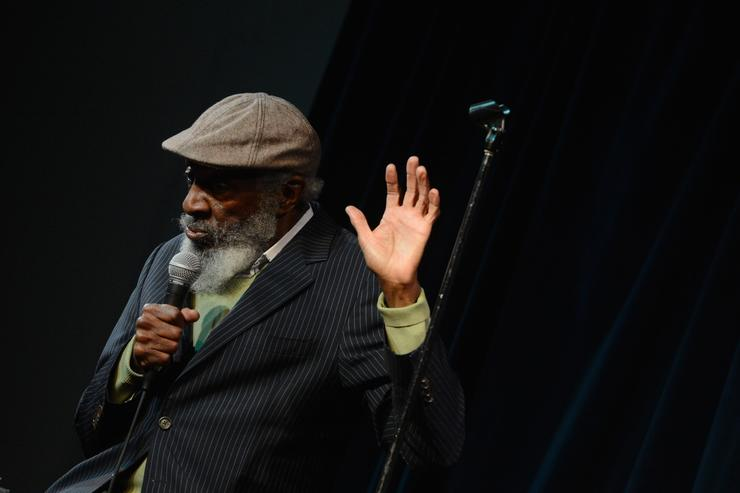Comedian Dick Gregory, active in US civil rights movement, dies at 84