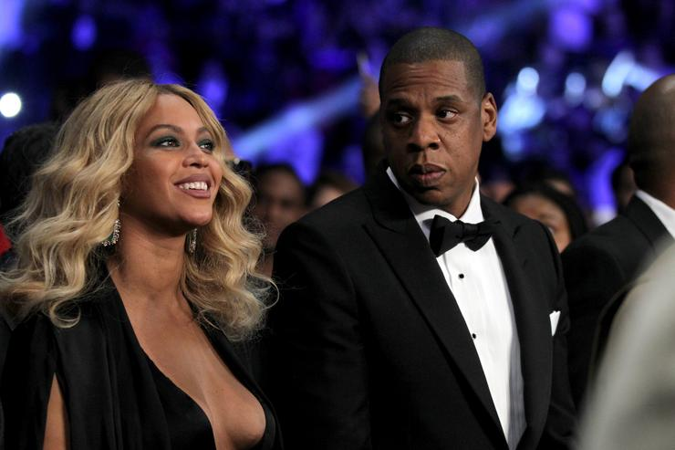 Jay z and beyonce at Miguel Cotto v Canelo Alvarez fight