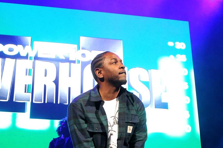 kendrick lamar performing