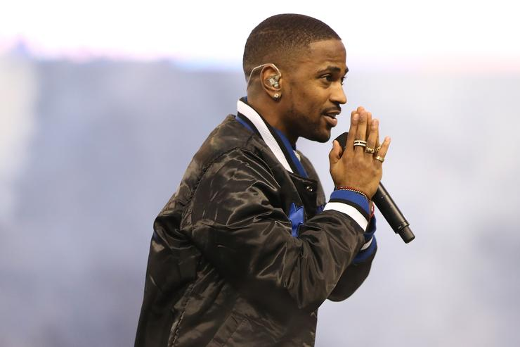Big Sean performs at halftime of the Detroit Lions vs the Philadelphia Eagles.
