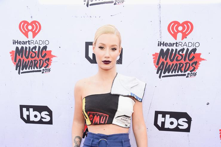 Iggy Azalea at the iHeart Radio Awards