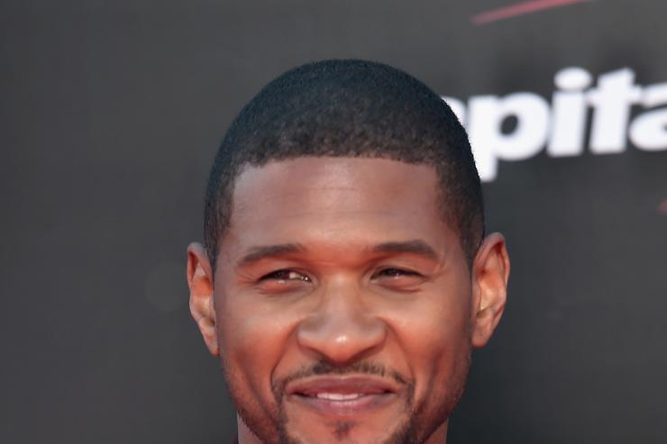 Usher arriving at ESPYs