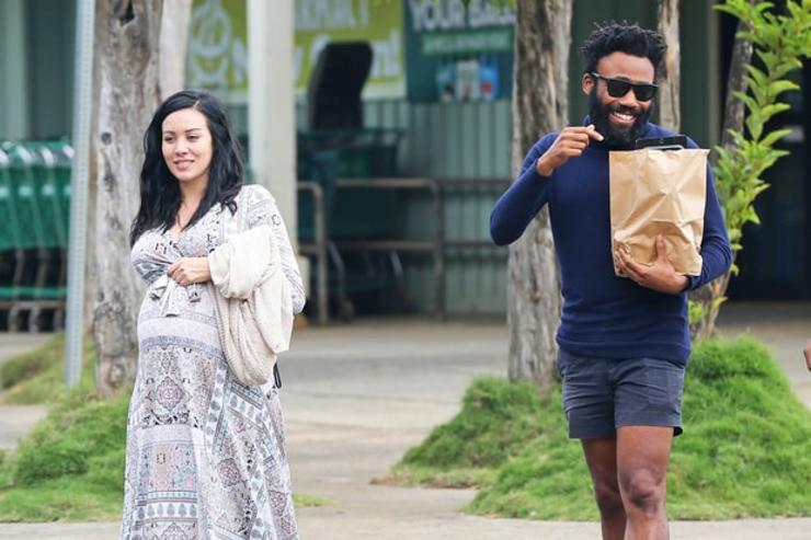 Donald Glover & pregnant girlfriend