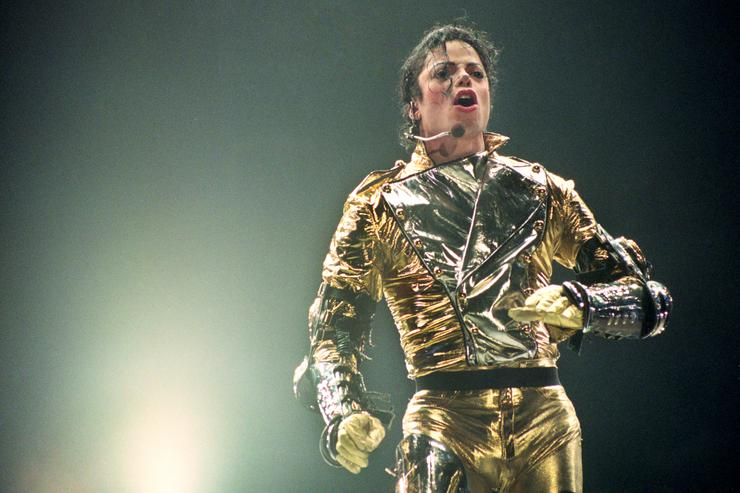 ichael Jackson performs on stage during is 'HIStory' world tour concert at Ericsson Stadium November 10, 1996 in Auckland, New Zealand.