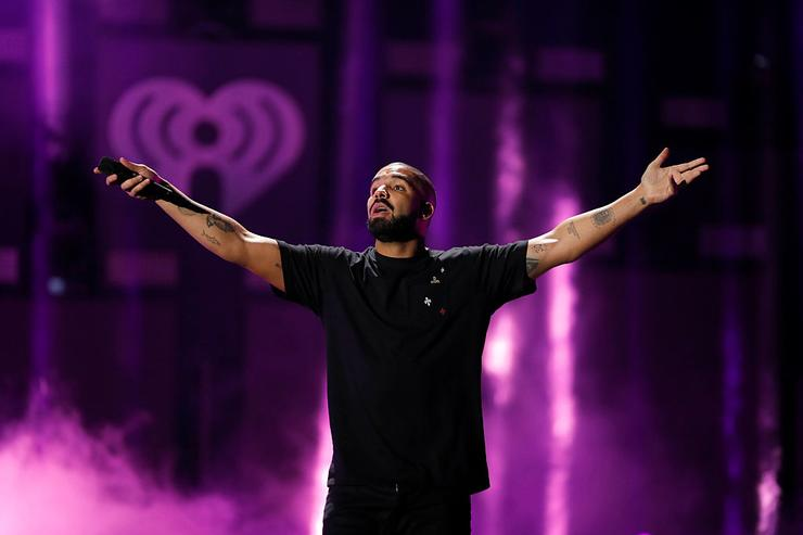 Rapper Drake performs onstage at the 2016 iHeartRadio Music Festival at T Mobile Arena