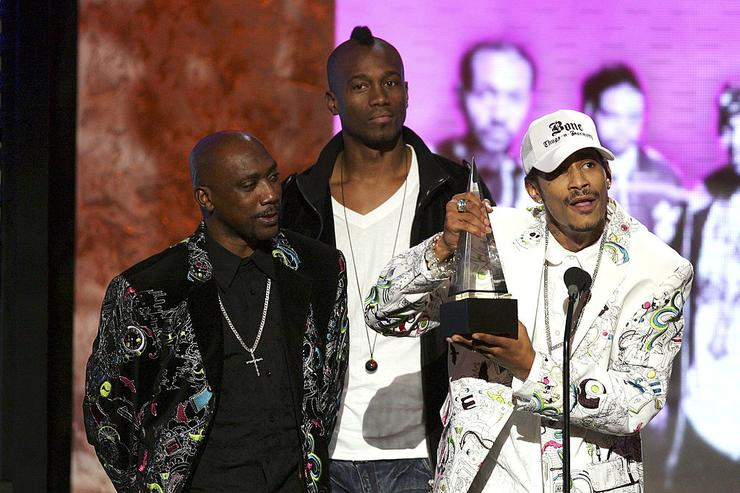 Rapper Layzie Bone (far R) of Bone Thugs-N-Harmony accepts the Favorite Rap/Hip-Hop Band, Duo or Group Award during the 2007 American Music Awards held at the Nokia Theatre L.A. LIVE on November 18, 2007 in Los Angeles, California.