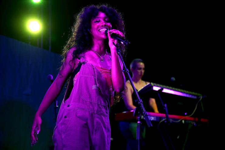 """SZA performing at HBO's """"Insecure"""" party"""