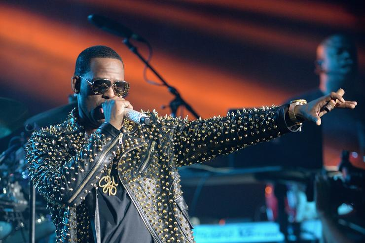 R. Kelly Takes More Heat From Timothy Savage, Father Of Alleged