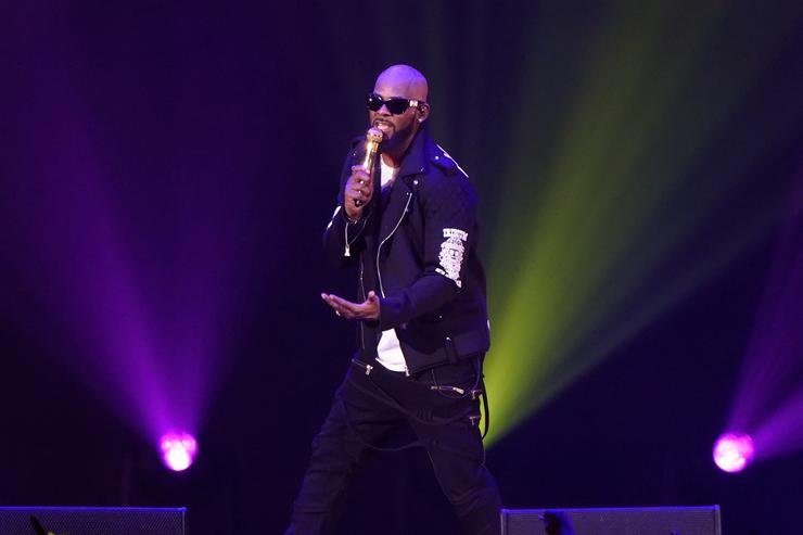 R. Kelly R. Kelly 'The Buffet' Tour - Chicago, Illinois