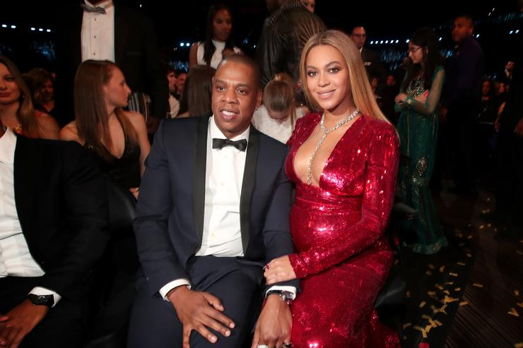 Shocking!Beyonce, Jay Z employs 8 nannies for twins