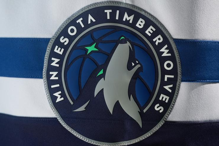Timberwolves 2017-18 uniforms