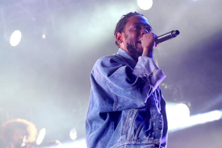 Kendrick will perform a headlining set at the VMAs